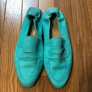 Andre Assous for Neumann Marcus teal flat size 7.5